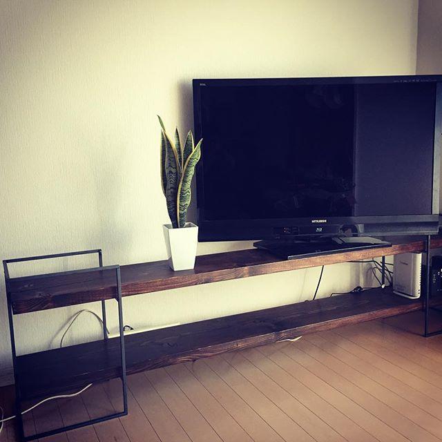 HANDMADE TV-BOARD