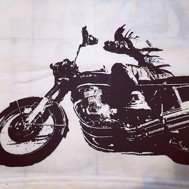 SOLD CB750-T #cb750 #motorcycle #tshirt #tooeysworks #vintage #honda #silkscreen #handmade