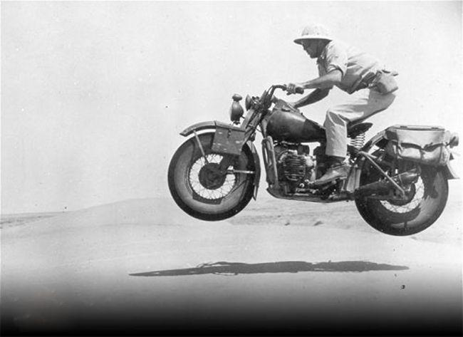8b310d93d8b991e757bf13f2b29d092c--pith-helmet-american-motorcycles