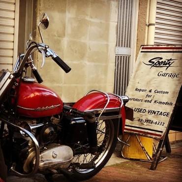 SPORTY GARAGE #harleydavidson #sportster #shovelhead #shovelsports #ironhead #vintage #xlh #xlch #77xlh #xlh1000 #vintagemotorcycle #ironsports #japan #tooeysworks#garagelife#crassicmotorcycle#sportygarage #khk